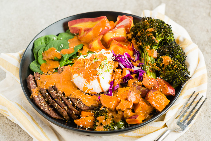 Buddha Bowl With Flank Steak and Cashew Sauce